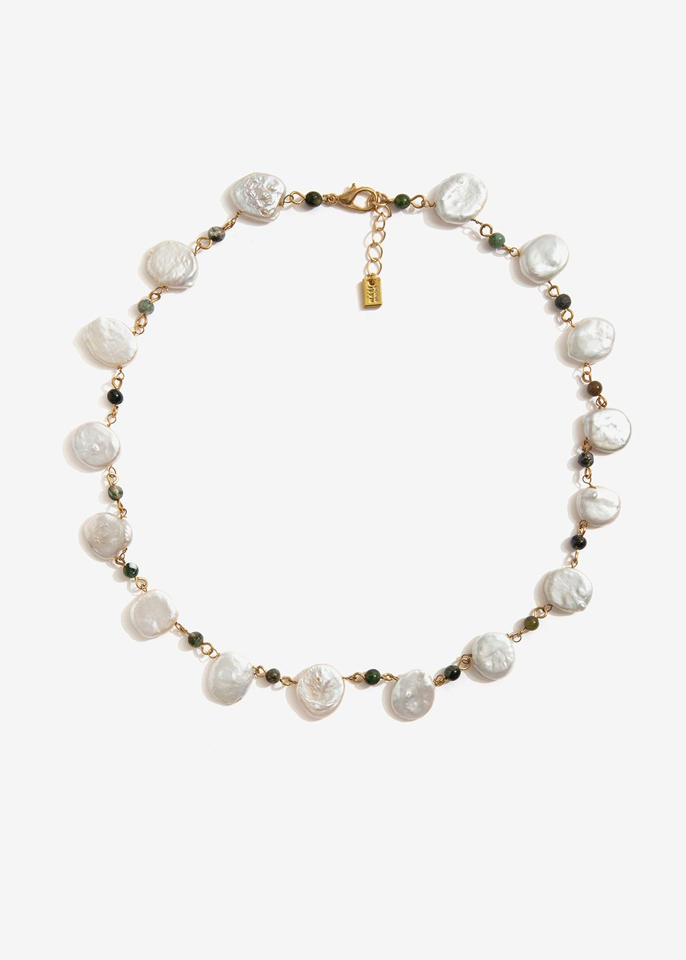 SHORT NECKLACE WITH NATURAL PEARLS AND STONES