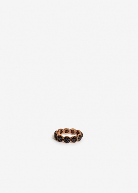 ROUND SHAPED GOLD RING WITH BLACK CRYSTALS