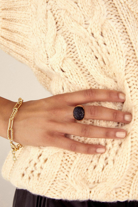 AGATA 14K GOLD PLATED RING WITH BLACK CRYSTALS