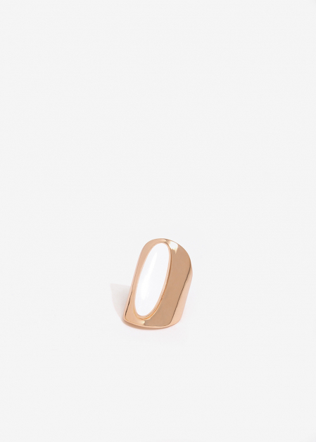 OVAL PINK GOLD BAND RING WITH WHITE ENAMEL