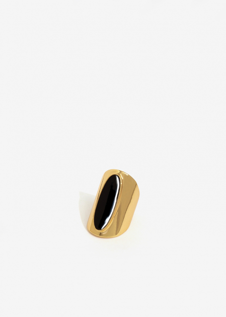 BLACK ENAMELED OVAL GOLD BAND RING