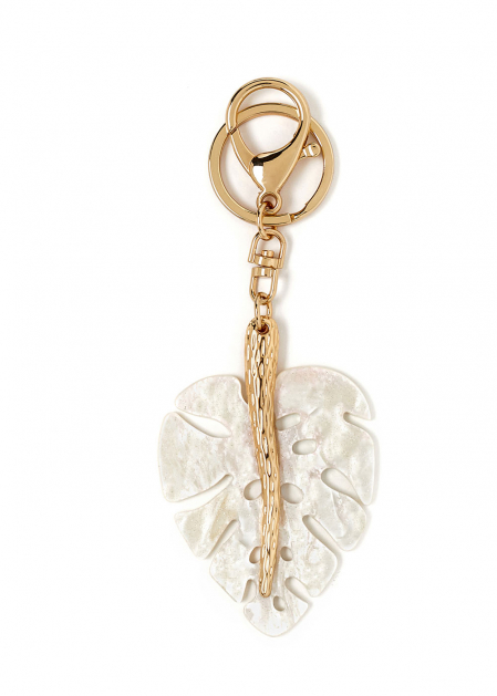 LEAF-SHAPED KEYCHAIN IN IVORY RESIN