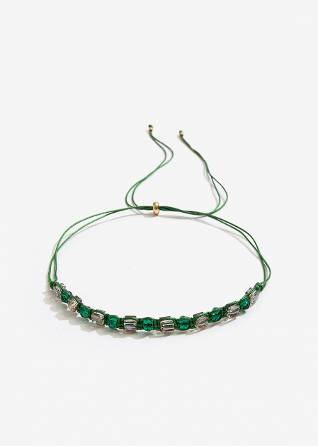 ADJUSTABLE CHOKER NECKLACE WITH GREEN CRYSTALS