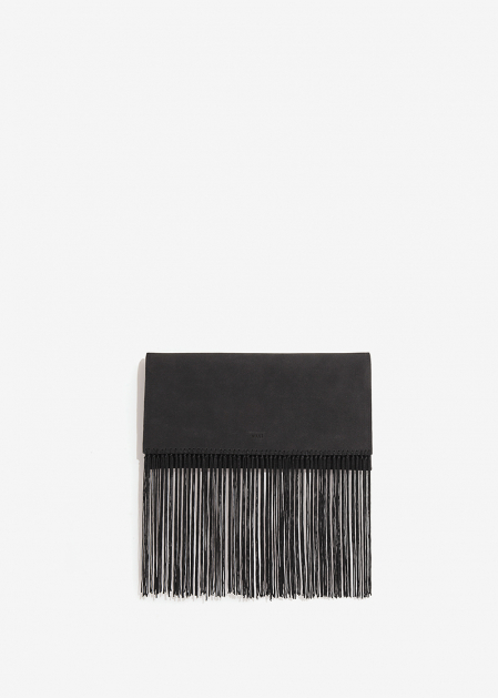 BLACK CLUTCH WITH FRINGES