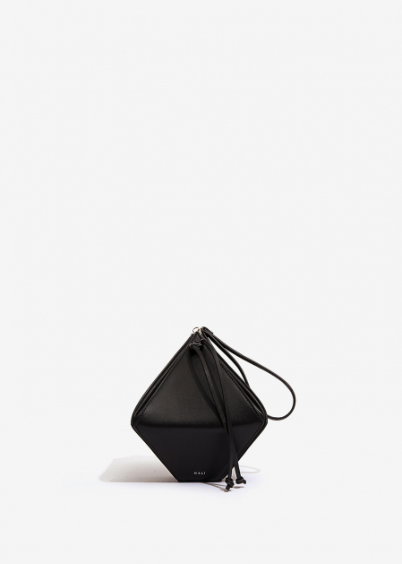 BLACK RHOMBUS-SHAPED HANDBAG