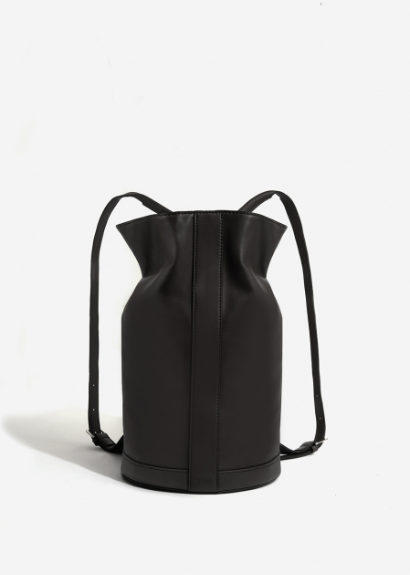 BLACK TUBULAR BACKPACK
