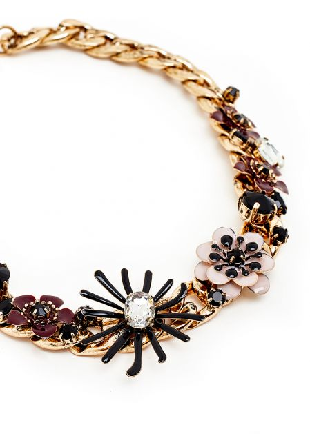 GOLD SHORT NECKLACE WITH PINK FLOWERS