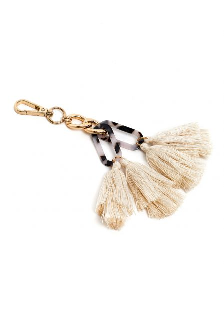 KEYCHAIN IN RESIN AND IVORY TASSELS