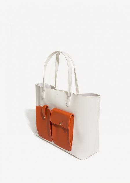 WHITE SHOULDER BAG WITH ORANGE POCKETS