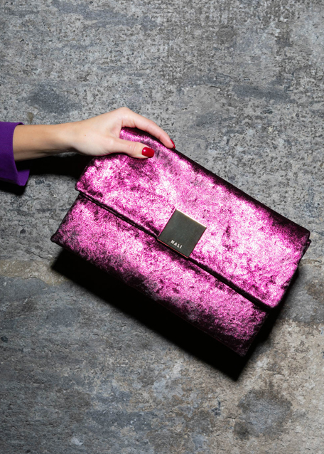 FUCHSIA MARY CLUTCH