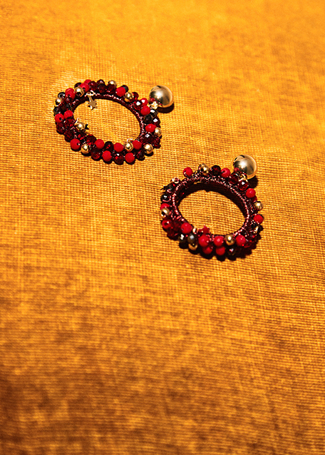 RED BEADS WITH GOLD STARS HOOP EARRINGS